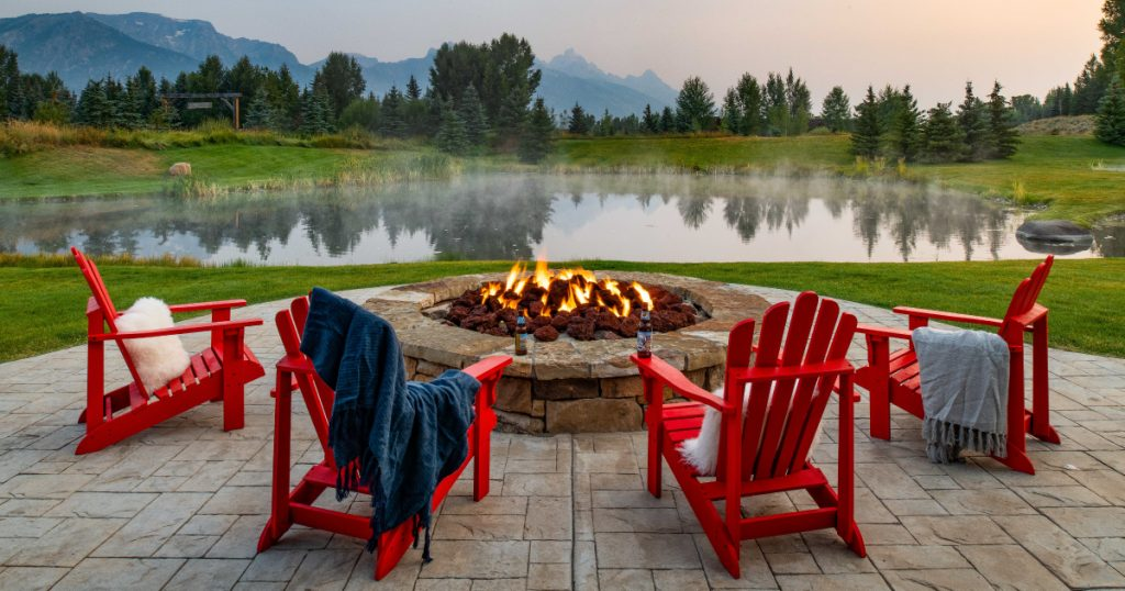 STYLE BY FIRE – HOW TO CHOOSE THE PERFECT FIRE PIT TO HEAT UP YOUR OUTSIDE SPACE